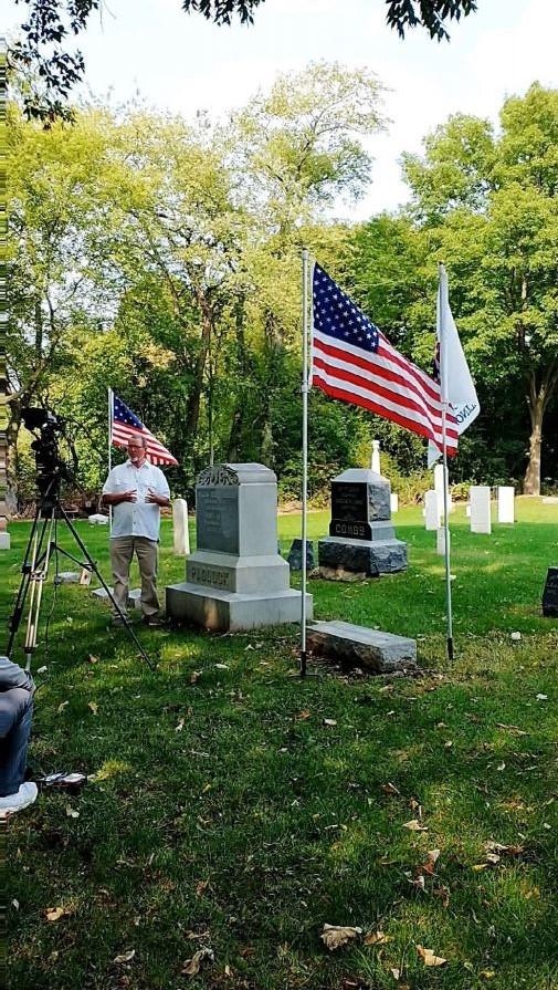 C:\Users\Vern\Pictures\2020\2020-09-16 DAR Award Fort Hill Cemetery\2020-09-16 DAR Award, Vern Paddock (1) 1.JPG