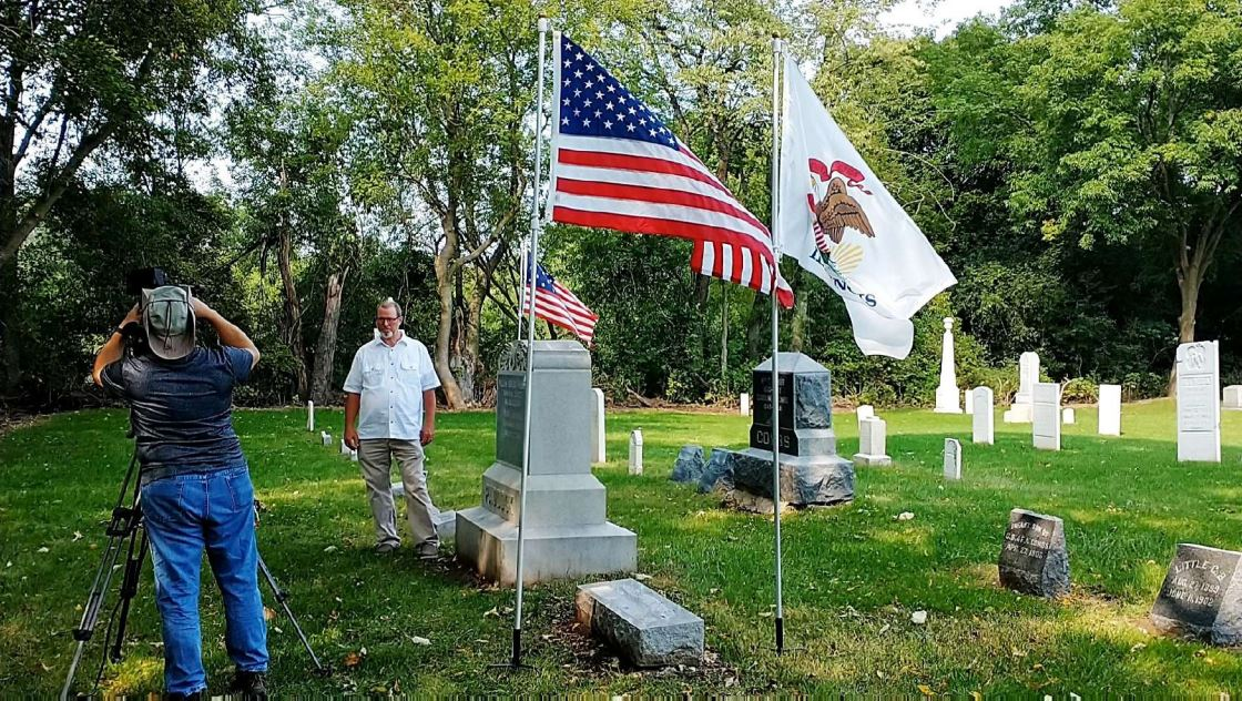 C:\Users\Vern\Pictures\2020\2020-09-16 DAR Award Fort Hill Cemetery\2020-09-16 DAR Award, Vern Paddock and Steve the videographer 1.JPG