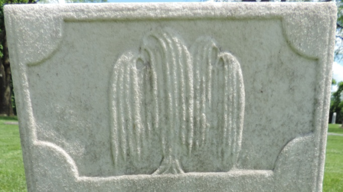 C:\Users\Vern\Pictures\Historical\Fort Hill Cemetery\COMBINED FORT HILL PHOTOS\Fort Hill gravestone symbols\Willow Tree - Hiram Briggs.jpg