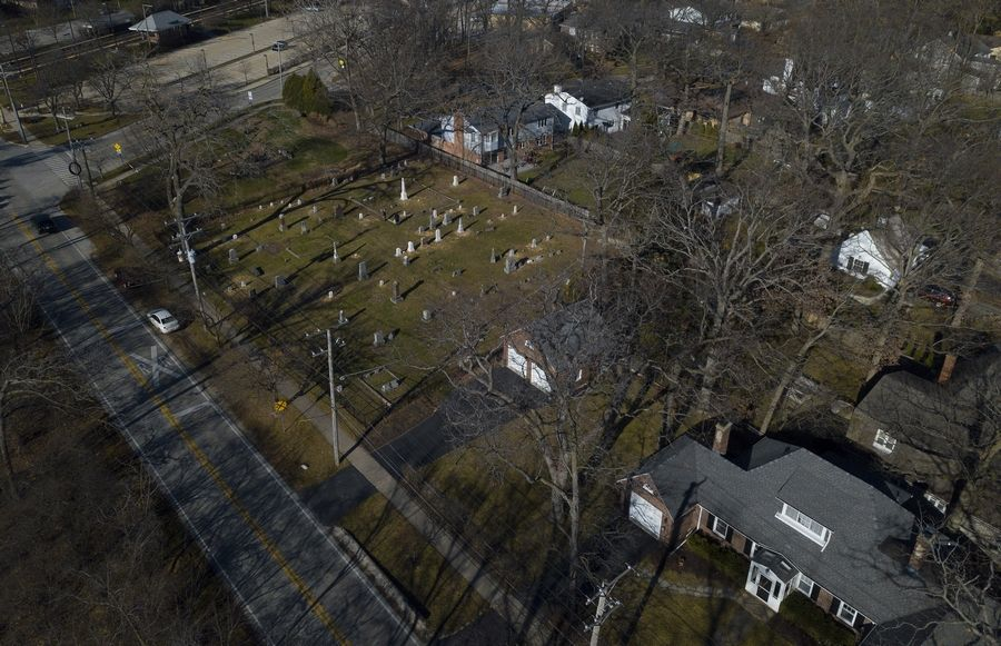 Daggitt Cemetery on the north side of Lake-Cook Road in Highland Park was established as a family burial ground in 1845 by Robert Daggitt, a carpenter who came from England with his wife and nine children.