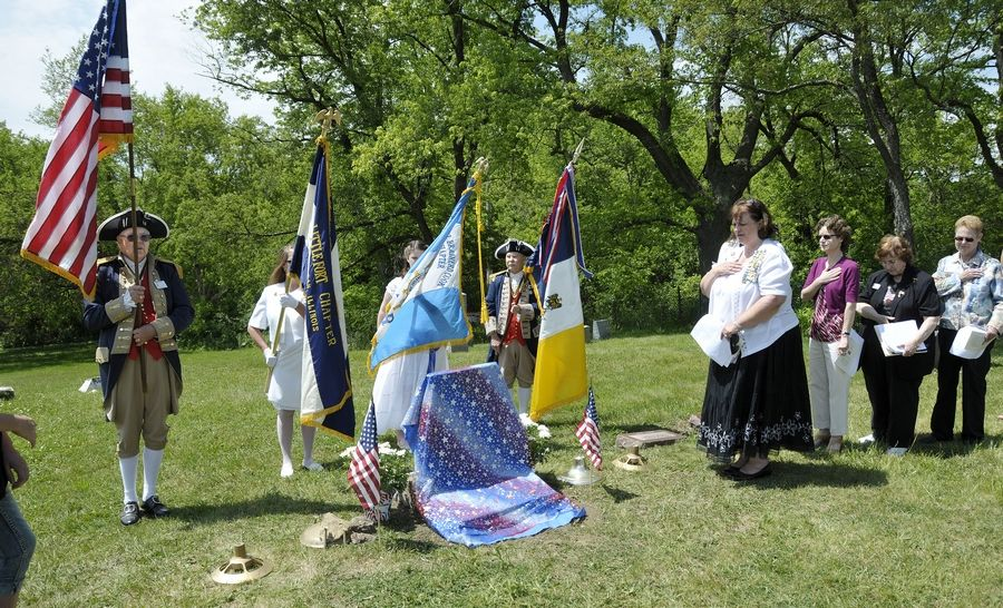 The grave of Revolutionary War soldier Henry Collins at Mount Rest cemetery in Wadsworth was rededicated in 2012. Participants included members of the Daughters of the American Revolution from Libertyville and Waukegan and members of the Sons of the American Revolution from Lisle and Naperville.