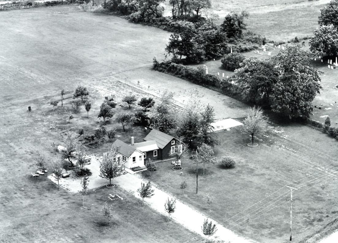 1965 Fort Hill Cemetery Vintage Aerial original.jpg